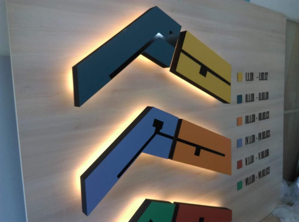 Tokaj plasztikus betű készítés