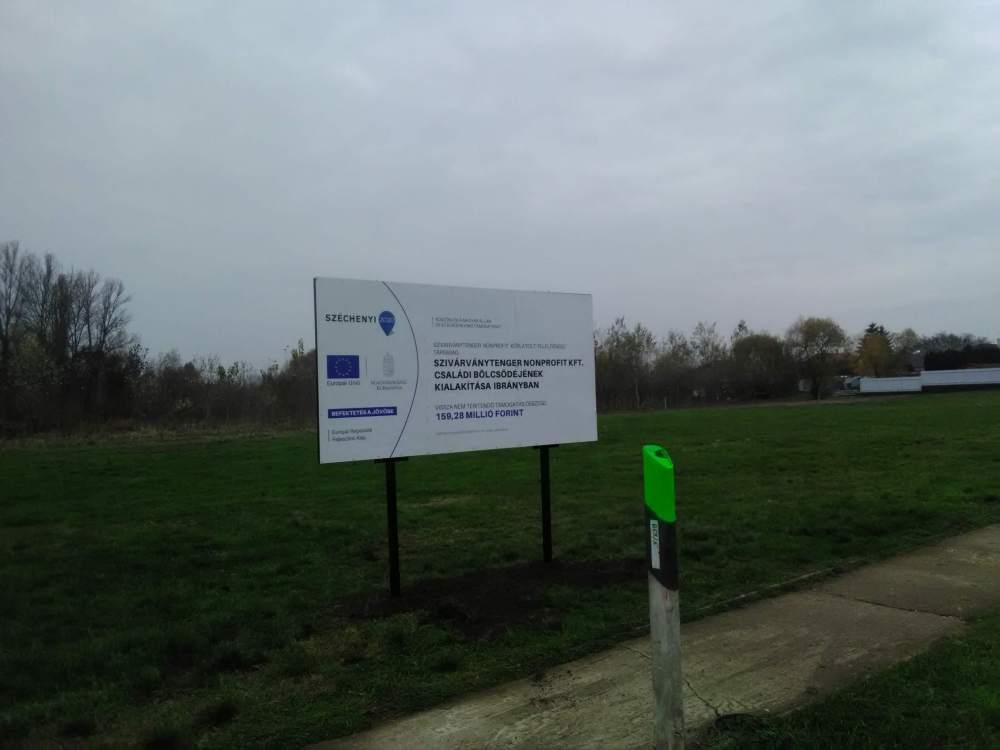 Ibrány Széchenyi 2020 Projekt Tábla készítés és telepítés